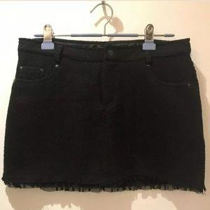 Urban Behavior Black Tweed Style Mini Skirt Size M